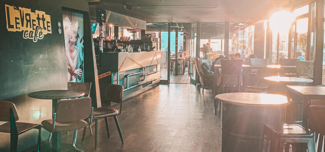https://www.levrettecafe.fr/wp-content/uploads/2021/05/LC-Nantes-5.png