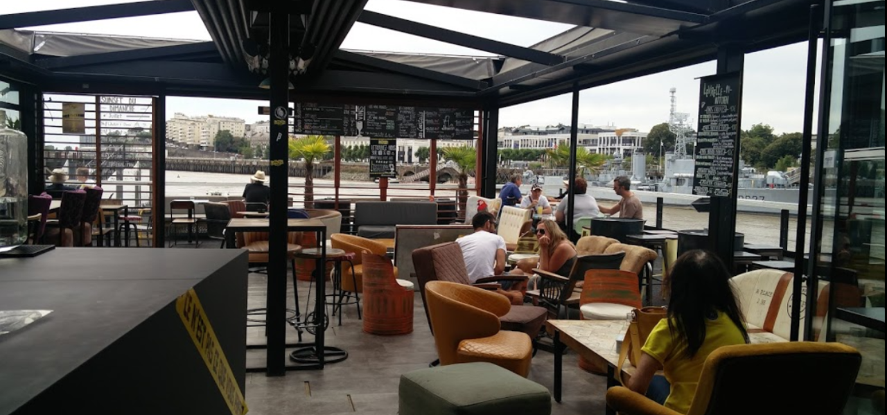 https://www.levrettecafe.fr/wp-content/uploads/2021/05/LC-Nantes-7.png